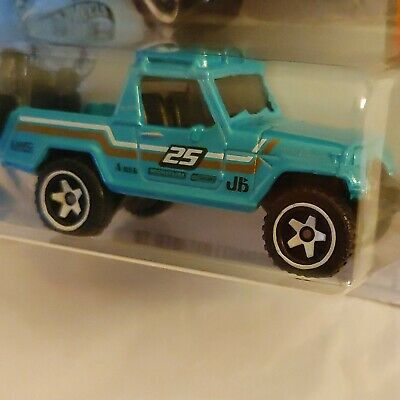 1:64 /'67 Jeepster Commando Jeep Hot Wheels Loose White New for 2019