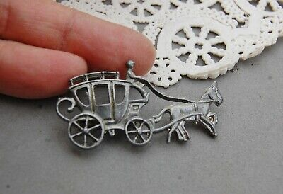 """Horse & Stage Coach Carriage Pin Brooch Silver Tone Vintage 2"""" x 1"""" Travel"""