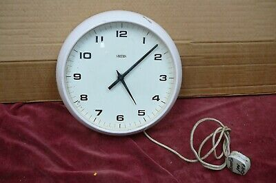 Vintage Smiths White Electric  Wall Clock  Good Timekeeper 1970'S  Wall Clock