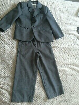 Boy's suit 2-3 Year Gray Mark &Spencer
