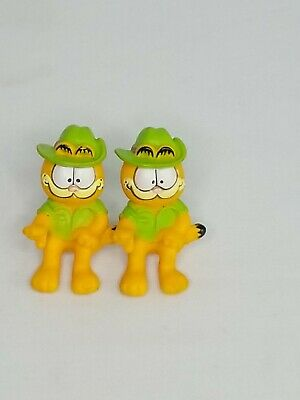Vintage 80s/90s Garfield PVC plastic figures Lot of 2 Toys And Figurines