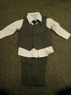 Boys/toddler 4 Piece Suit Aged 18-24 Months Paisley Of London