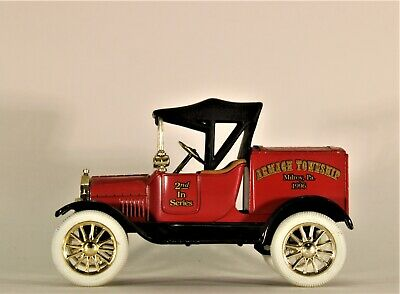 Ertl Collectibles Die Cast 1:25 1918 Ford Runabout Armagh Township