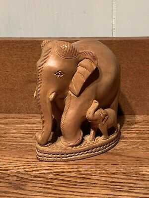 Free Shipping Hand Carved with Hand Scrimshaw Japanese figurines Vintage Removable Task Elephant Figurine