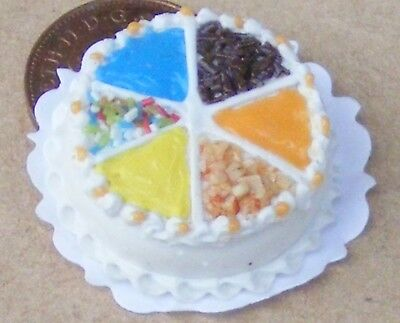 1:12 Scale Round Birthday Cake Dolls House Miniature Bakery Accessory NC1