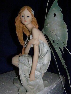 Nice & Cute Fairy ! Real Beauty with Fantastic Wings !