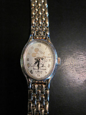 Cute! Watch Mickey Mouse DISNEY OVAL Ladies Watch Roman Numerals