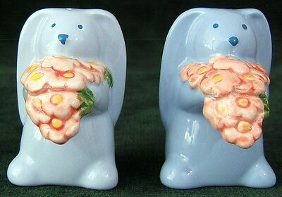 Cute BLUE BUNNY RABBIT Salt & Pepper Shakers