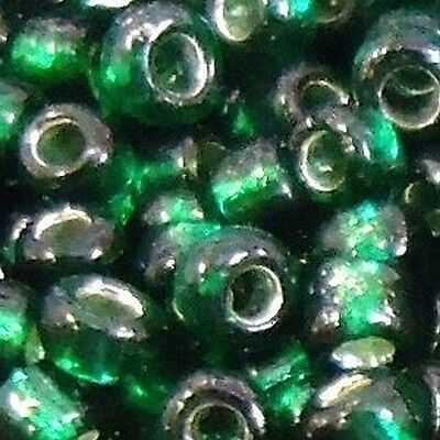 100g Emerald Green Silver Lined Glass Seed Beads / B0316 - 6/0