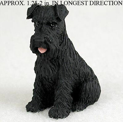 Schnauzer Mini Hand Painted Figurine Black Uncrop