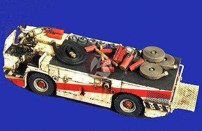 Verlinden 1/32 P-16 US Navy Carrier Deck Fire Tractor [Diorama Resin Model] 2714