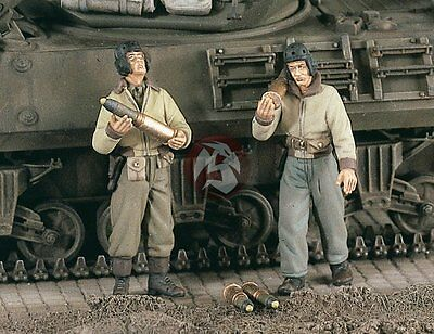 Verlinden 1/48 US Tankers Carrying & Loading Up Tank Ammo WWII (2 Figures) 2255