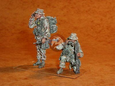 CMK 1/35 CZECH Army Soldiers from KFOR (Kosovo Force) (2