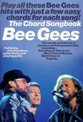 Bee Gees  - The Chord Songbook + 1 Original Sharkfin Plec weiss