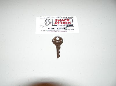 VENDSTAR 3000 TOP LID DOOR KEY #157 - New (OEM) / Free Ship!