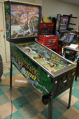 BLACKWATER 100 Pinball Machine - Bally 1988 - Looks Great!