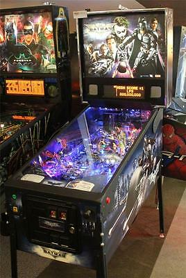 BATMAN: DARK KNIGHT Pinball Machine - Stern 2008 - Plays Great!