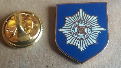 irish guards shield lapel badge british army Guards Division northern ireland