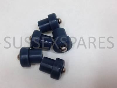 Kenwood Chef / Major Rubber Feet X 5, A701 A901 And Km Range, Hammer In. 650568
