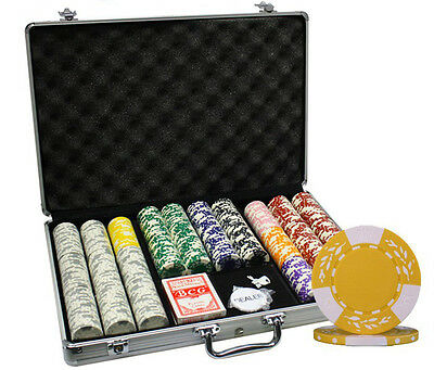 650Pc 10.5G  Clay Wheat Poker Chips Set With Aluminum Case