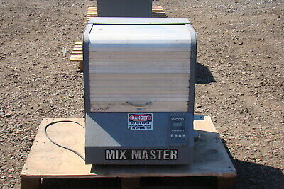 Indco Mixmaster Enclosed Paint Shaker MM1