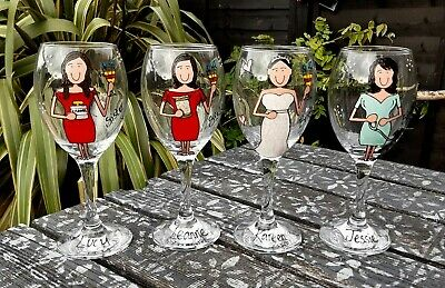 Personalised Painted Bridesmaid Maid of Honour wedding gift wine glass favour