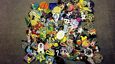 DISNEY PINS Lot of 500 FASTEST FREE SHIPPER in USA Including Parks! +5 FREE pins