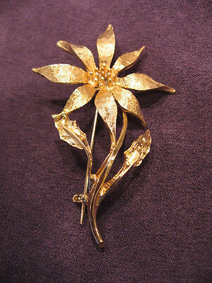 Dodds christmas poinsettia pin brooch O4