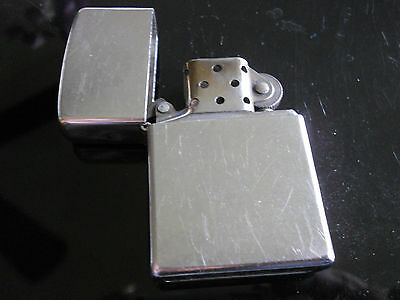 Zippo Lighter vintage B 04 = February 2004 nice classic silver metal Made in USA