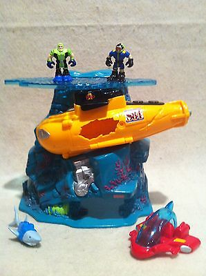 Rescue Heroes Micro Adventures Underwater Nightmare Playset!