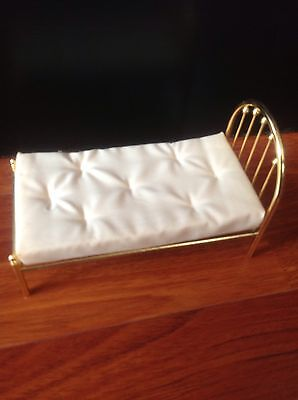 doll house miniature Bed With A Very Nice Removable Mattress  Doll  Twin Bed