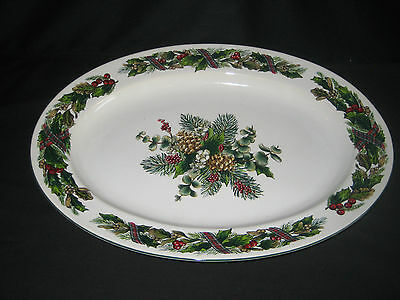 Royal Gallery Garland Holiday Christmas Large Oval Platter - 1992
