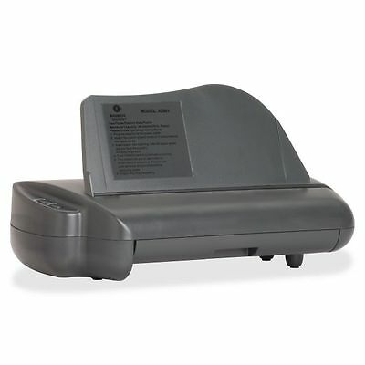 Business Source Electric Three-Hole Punch - BSN62901
