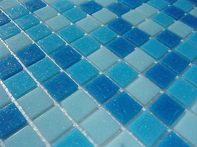 glas mosaik fliesen pool dusche bad mosaik gr n hellgr n dunkelgr n sauna mix. Black Bedroom Furniture Sets. Home Design Ideas