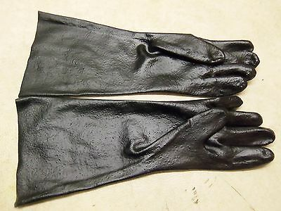 """18/"""" GAUNTLET BLACK PVC TRAPLINE GLOVES TRAP TRAPPER TRAPPING BUTCHER SKINNING"""