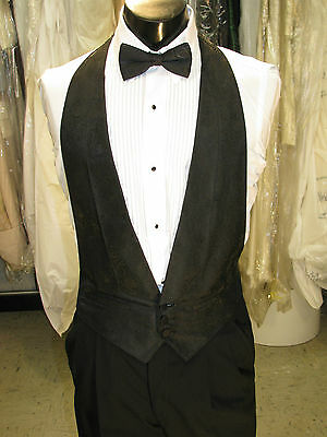 Mens Formal Vest Black Pasiley Design Size Medium Matching Bow Tie Included