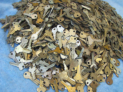 Large Lot of VINTAGE  Key BLANKS 2.5 lbs ++YALE,MOSLER,SLAYMAKER,ILCO,ABUS….