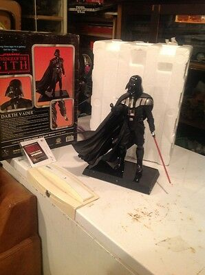 star war  darth vader statue