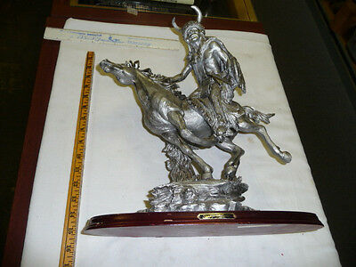 Suanti Galleries Indian On Horseback Figurine/Statue Collectible