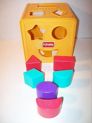 "Playskool~Yellow Plastic Sorter Box~Tip To Open~6 Color Blocks~5 1/2"" Square~N6"