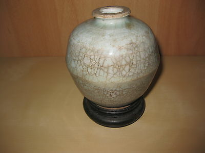 Song Dynasty(?) Lovely Antique Chinese blue Crackle Glaze Vase with stand