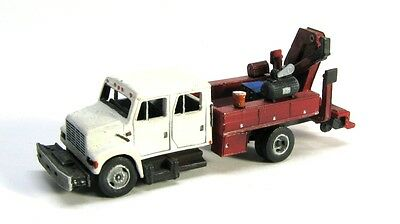 N Scale Crew Cab Maintenance of Way Truck Model kit by Showcase Miniatures (48)