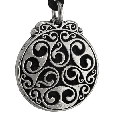 Earth Goddess Dana Celtic Knot Triscele Triskelion Pendant Necklace Wicca Pagan