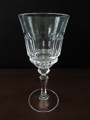 Cris d'Arques Durand Fontainebleau Wine Glass Crystal Glass Panel Swirl France