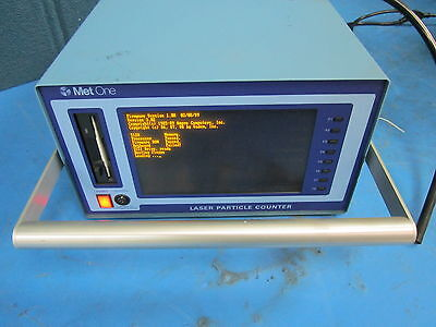 "MetOne Laser Particle Counter Model A2320-2-115 2080217-1 ""Powers On"" w software"