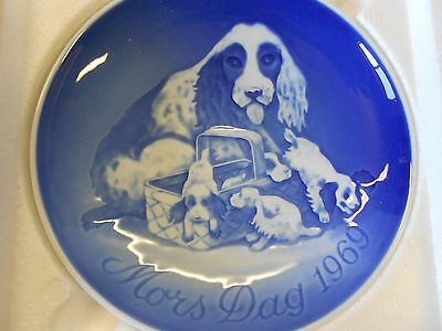 Bing and Grondahl 1969 Mother's Day Plate Dog, Puppies Porcelain Orig Box NOS
