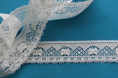 vintage flat lace white 1 2/3 yards by 1 inch wide nice geometric design floral