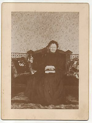 Old Victorian Lady with Bible, Crone, Original ca 1900 Antique Photograph