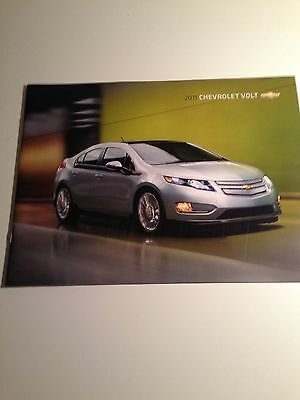 2011 Chevy Volt 28-page Original Sales Brochure