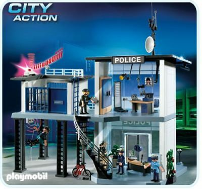 Playmobil 5182 Police Station with Alarm System - New, Sealed